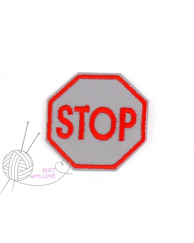 -aplikacja-termo-odblaskowa-znaczek-stop