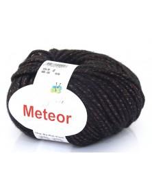wloczka-meteor-04-czarny-z-czerwona-nitka-